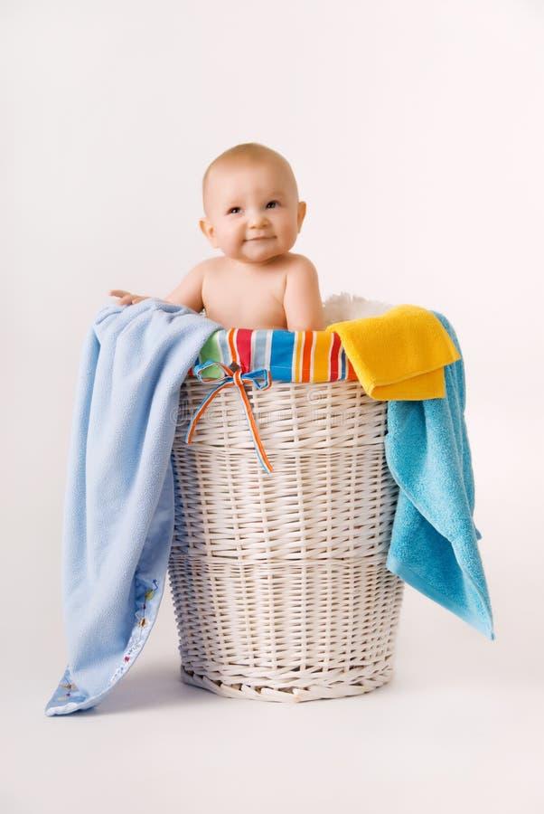 婴孩篮子洗衣店 免版税库存照片