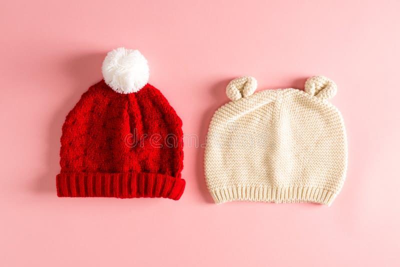 婴孩编织冬天帽子 免版税库存照片