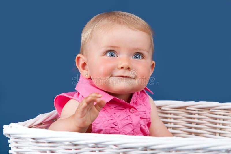 婴孩蓝眼睛的女孩纵向 库存照片