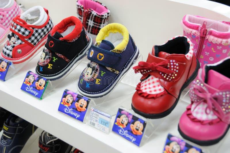 婴孩迪斯尼mickey鞋子 库存图片