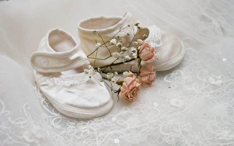 婴孩s鞋子 免版税图库摄影