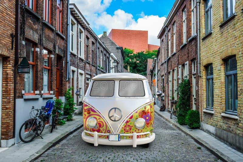 嬉皮VV大众范Bus,和平,爱 库存图片