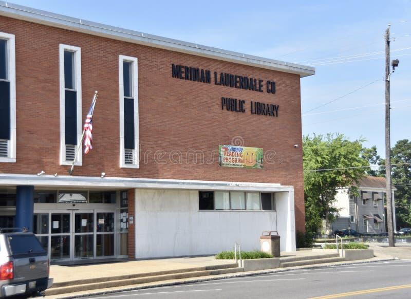 子午线劳德代尔县公立图书馆大厦,子午线,密西西比 免版税库存图片