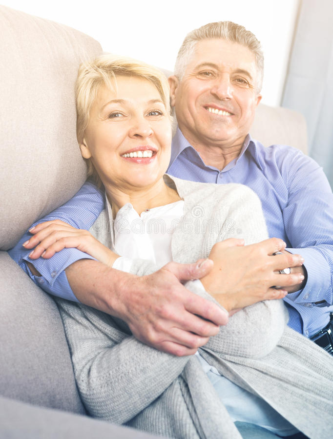 妻子和丈夫是愉快的 免版税图库摄影