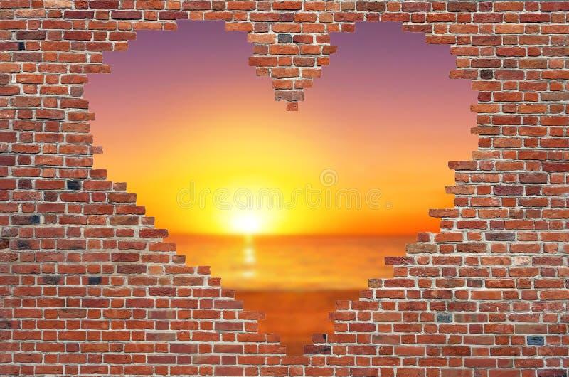 钻孔在砖墙里面的形状心脏,爱,砖墙h的标志 免版税库存图片