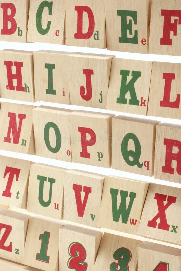 字母表阻拦木 免版税库存图片