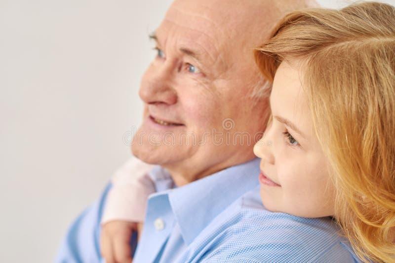 孙女祖父他的 免版税库存图片