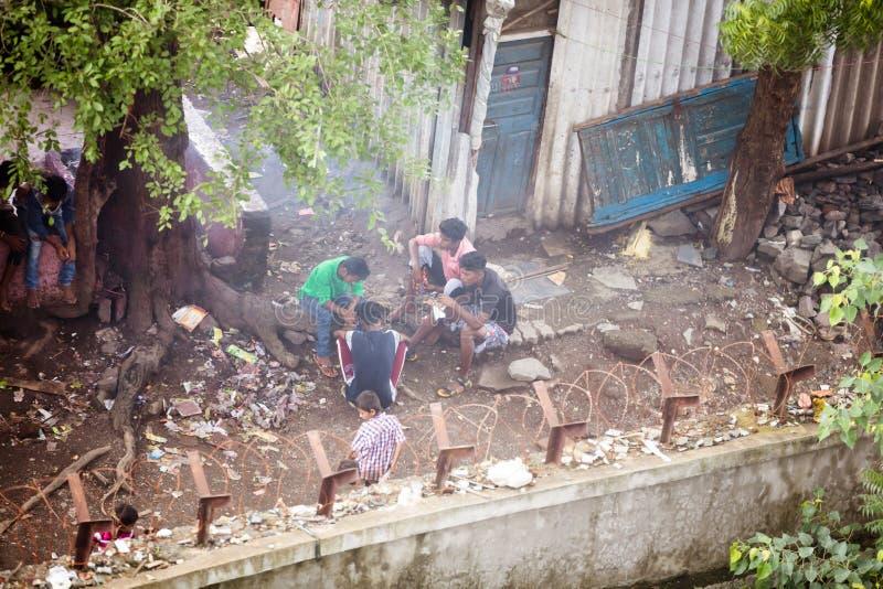 孟买贫民窟生活 免版税库存照片