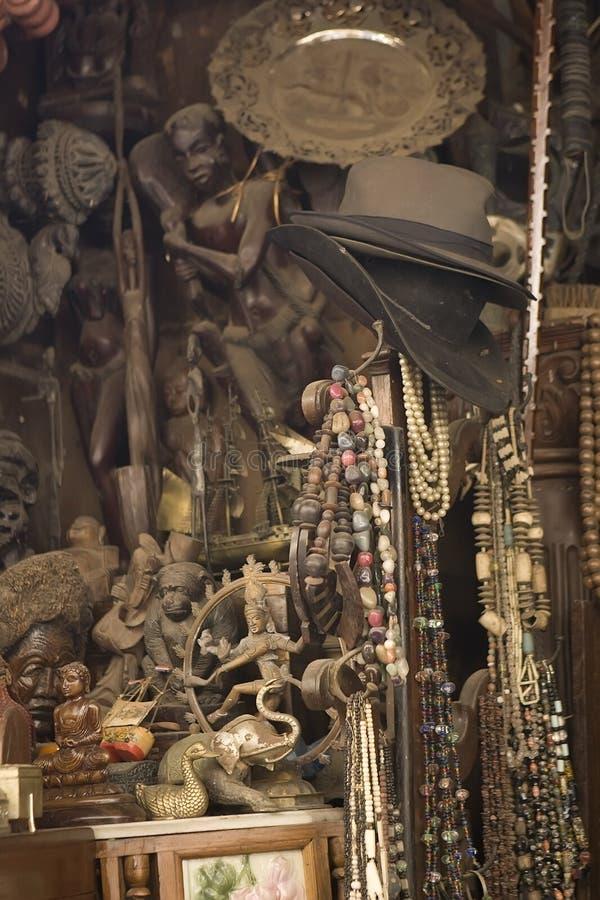 孟买,印度-可以2014年:Chor义卖市场-古色古香的印地安窃贼M 免版税库存照片