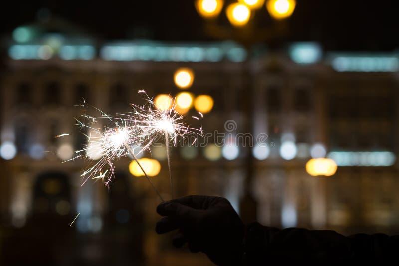 孟加拉光,闪闪发光背景 圣诞节时间,新年 免版税库存图片