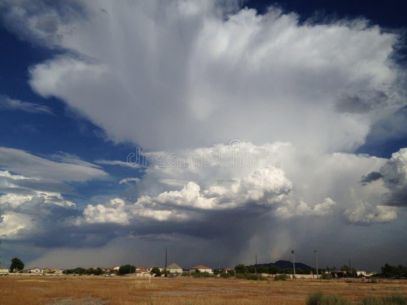季风雷暴在沙漠 免版税图库摄影