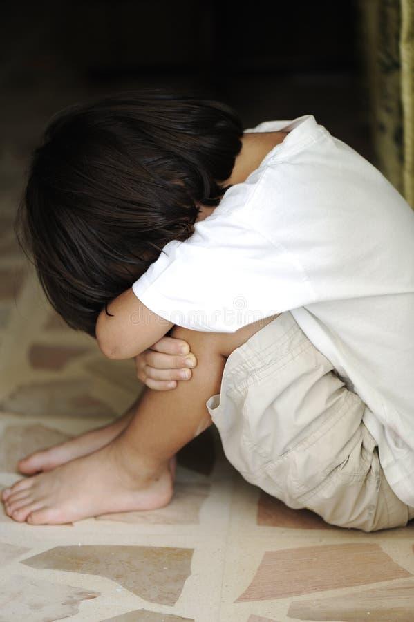 孤独的单独孩子 免版税库存图片