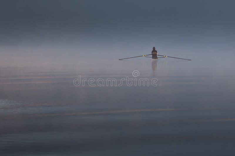 孤立划船者 图库摄影