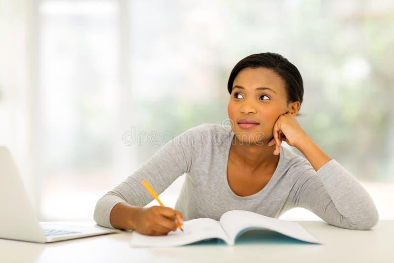 学习妇女年轻人 免版税库存照片