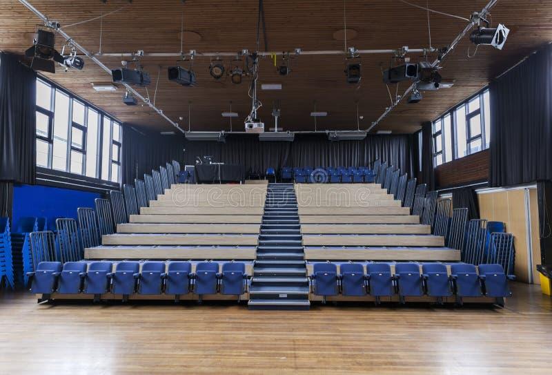 学校剧院 库存照片