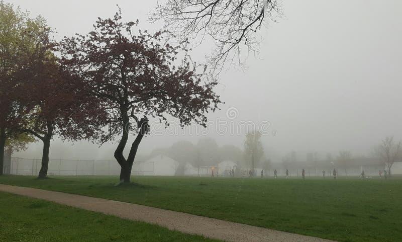 学校领域在雨天 免版税图库摄影