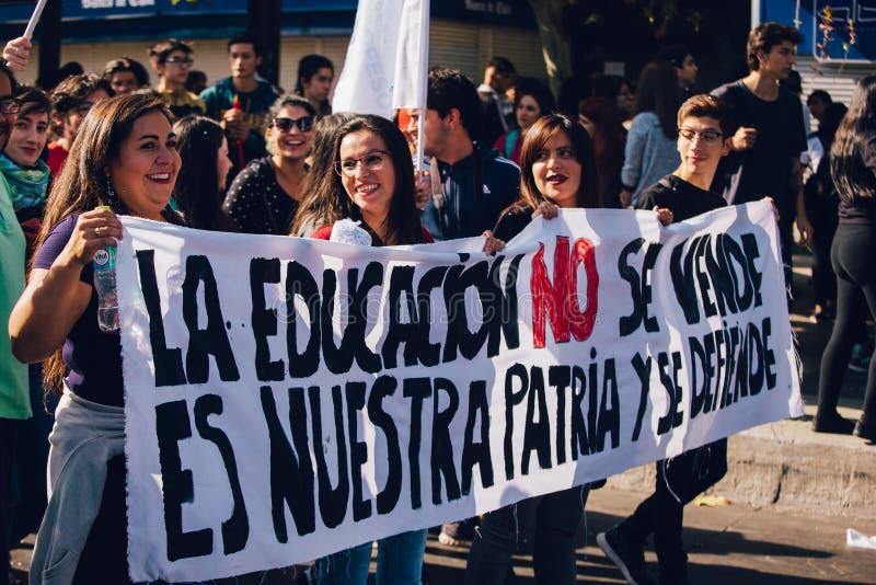 学生抗议教育赢利 免版税库存照片