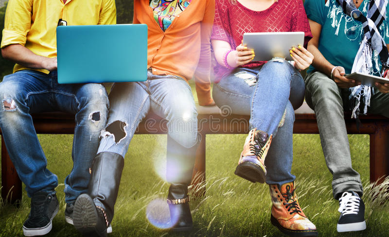 学生教育社会媒介膝上型计算机片剂 免版税图库摄影