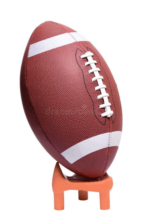 学院准备好橄榄球的开球 库存照片
