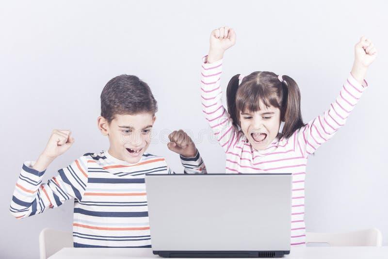 孩子和技术概念 免版税库存照片