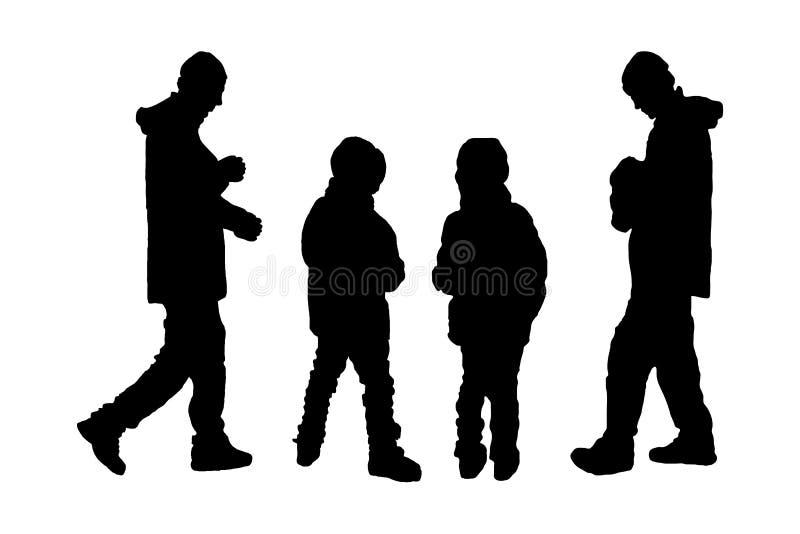 孩子和父亲剪影  皇族释放例证