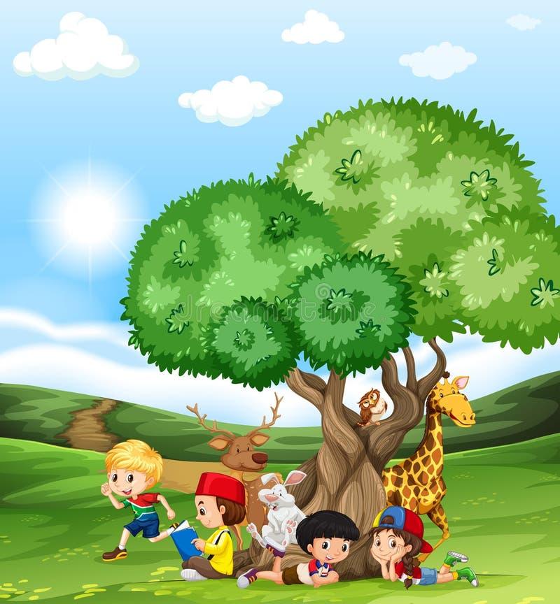孩子和野生动物在领域 皇族释放例证