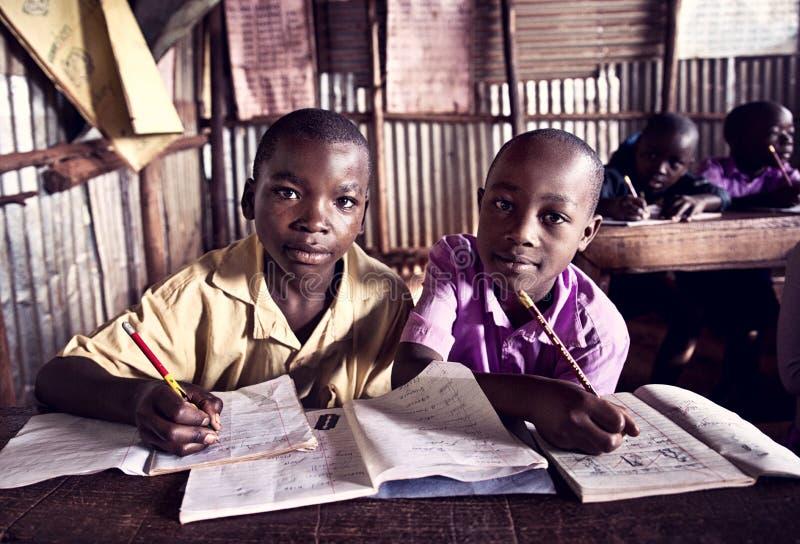 孩子在学校在乌干达 免版税库存照片
