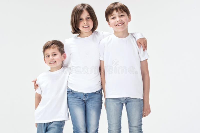 组孩子微笑 免版税库存照片