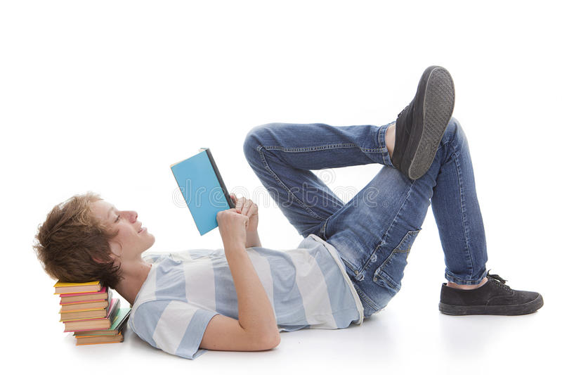 孩子阅读书 免版税库存图片