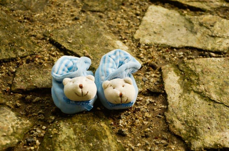 婴孩红色鞋子 图库摄影