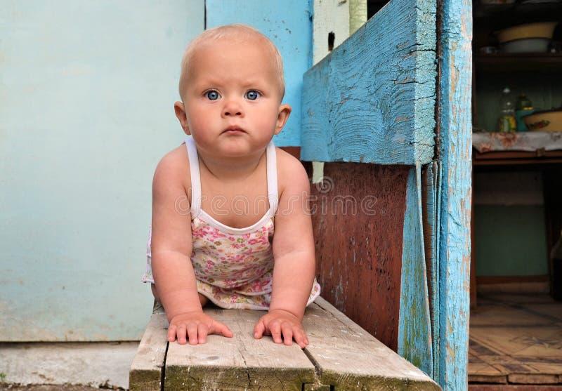 婴孩长凳 图库摄影
