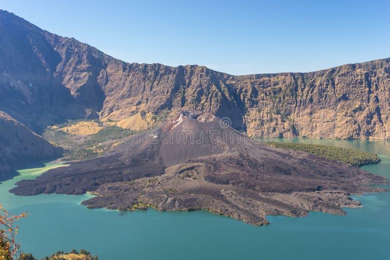 婴孩Rinjani火山(Barujari火山) 免版税库存照片