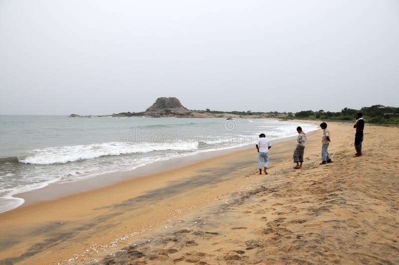 它在2004年12月采取强有力的毁灭的海啸的印度洋的斯里兰卡人在地方 免版税库存照片