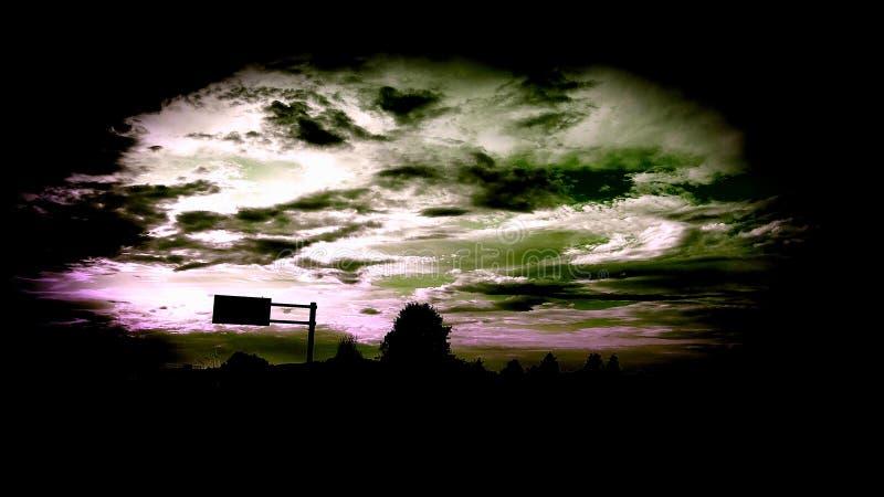 宇宙风暴爬行 免版税图库摄影