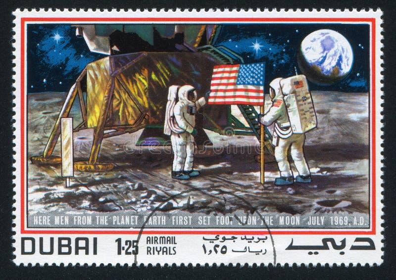 宇航员和月亮表面 库存照片