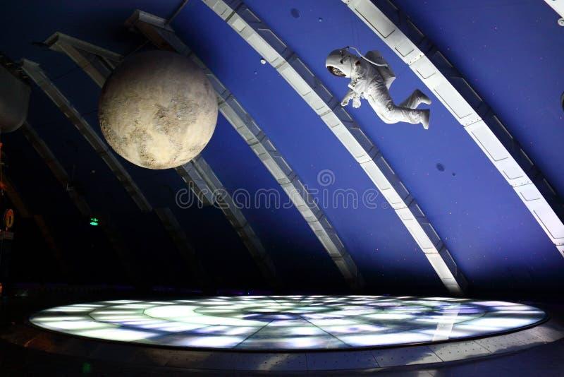 宇航员模型月亮 免版税库存照片