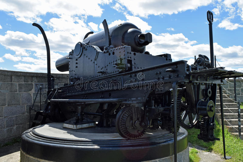 守卫St洛朗斯河的大炮在La Citadelle,魁北克,加拿大 免版税库存图片