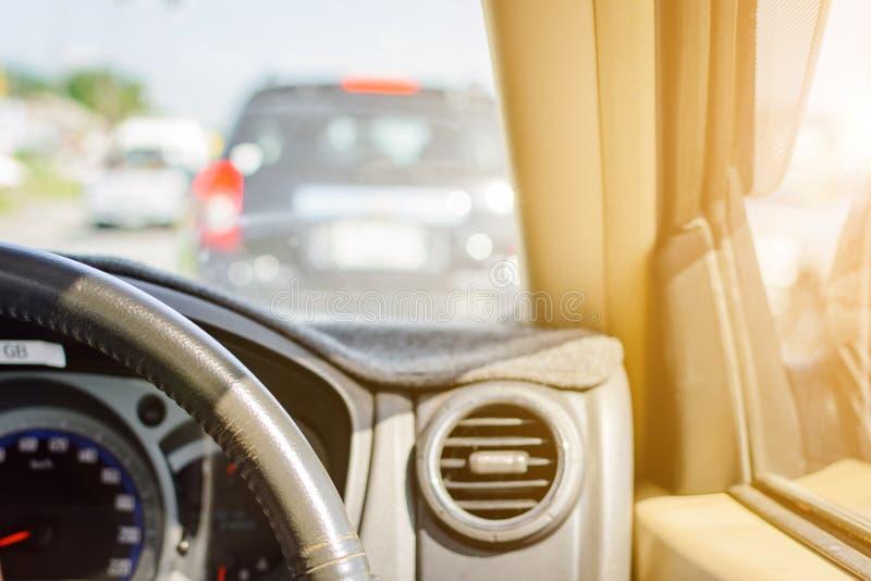 安全的驾驶在旅行和交通 库存图片