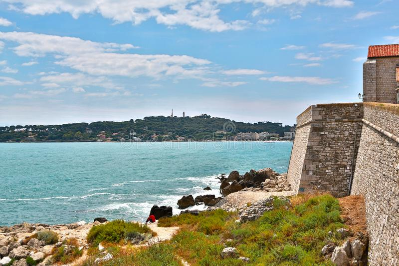 安地比斯,法国- 2014年6月16日:美丽如画的沿海岸区 库存图片