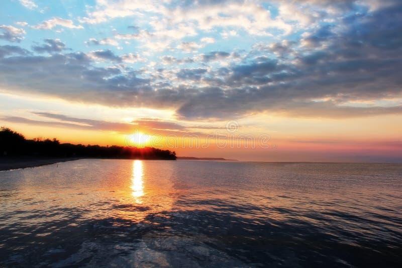 安大略湖日落 库存图片