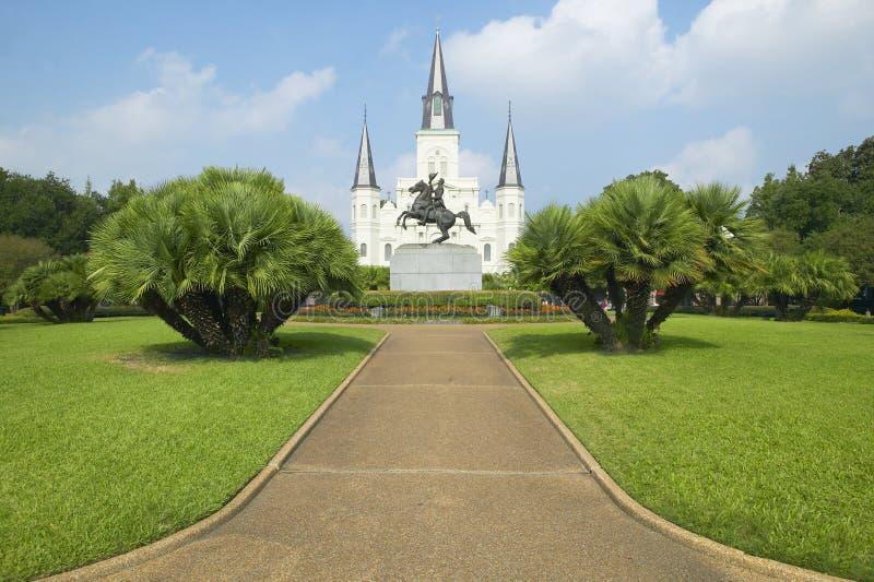 安德鲁・约翰逊雕象&圣路易斯大教堂,杰克逊广场在新奥尔良,路易斯安那 库存图片