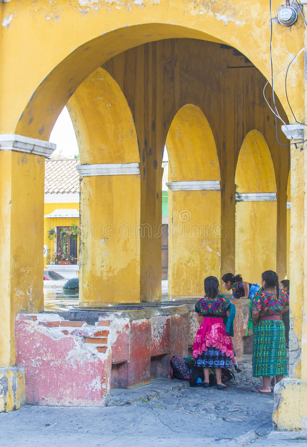 安提瓜岛街道洗衣店 库存照片