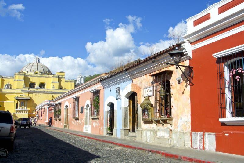 安提瓜,危地马拉,典型的街道 免版税库存照片