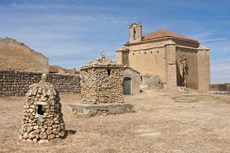 安普迪亚教会在城堡,帕伦西亚附近的 免版税库存照片