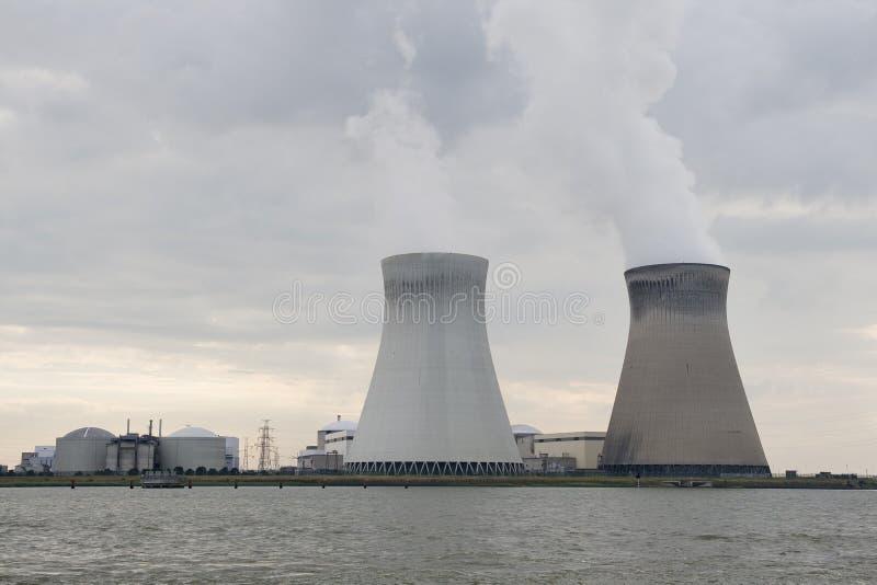 安特卫普在核电厂附近的比利时doel 免版税图库摄影