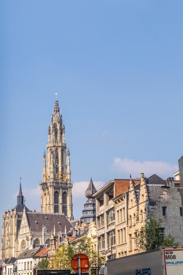 安特卫普,比利时- 2019年4月7日:安特卫普圣母大教堂(荷兰语:Onze辛迪里夫Vrouwekathedraal)在安特卫普 库存图片
