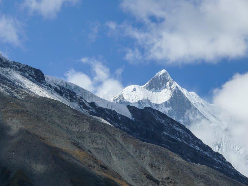 安纳布尔纳峰-大鹏努瓦尔7485m,尼泊尔 免版税库存图片
