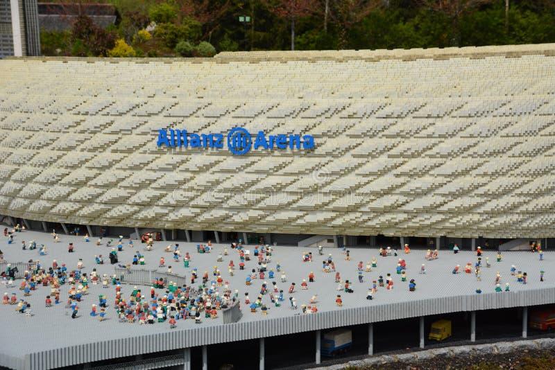 安联球场是一个橄榄球场在慕尼黑,从塑料lego块 免版税图库摄影