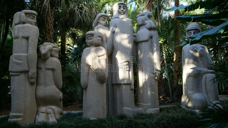 安诺顿雕塑庭院书刊上的图片,西棕榈海滩,佛罗里达 库存照片