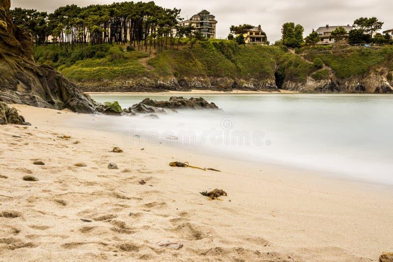 安静的海滩在阿斯图里亚斯 库存照片